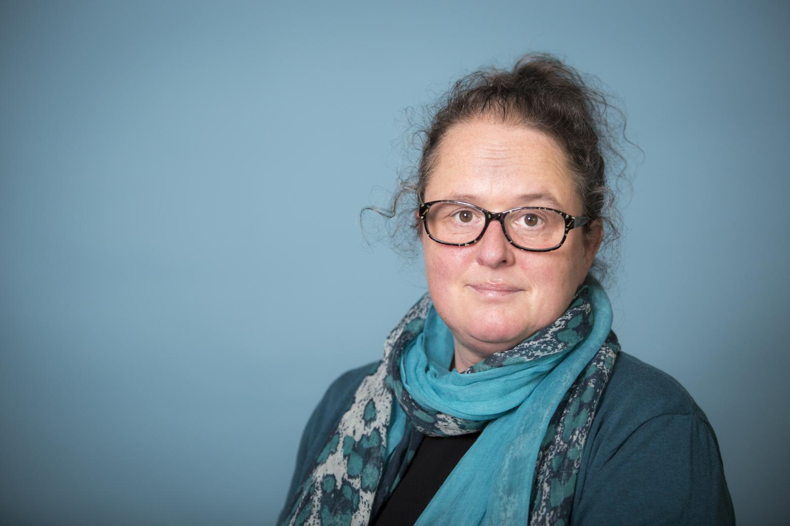 Paula-Willemijn van Rooijen www.naarjezininjeleven.nl persoonlijke ontwikkeling zingeving moederwond vaderwond